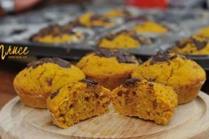 Dýňové muffiny s oříšky